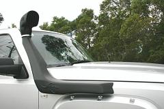 Snorkel_Airflow_Jeep_Commander_diesel_3