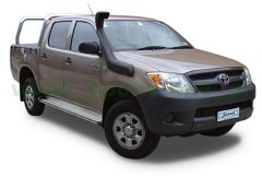 Toyota   Hilux  05-11
